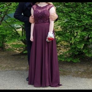 Anny Lee Maroon-Colored Formal Prom Dress *
